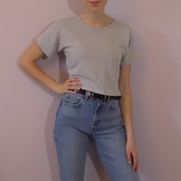 🔥 7 for $25 - Light Grey Cropped Tee